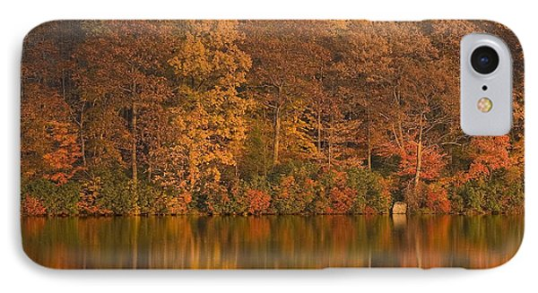 Kanawauke Lake Sundown Phone Case by Susan Candelario