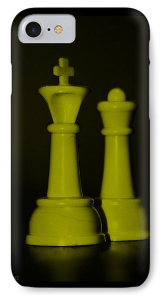 King And Queen In Yellow Phone Case by Rob Hans