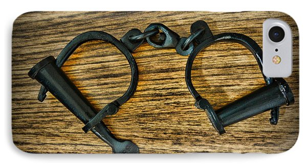 Law Enforcement - Antique Handcuffs Phone Case by Paul Ward