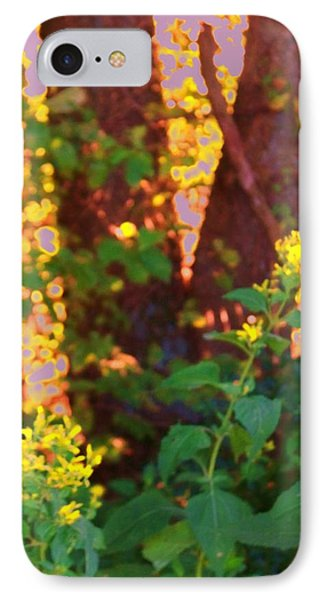 Leafy IIi IPhone Case by Shirley Moravec