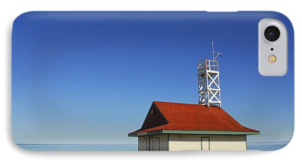 Leuty Lifeguard Station In Toronto Phone Case by Elena Elisseeva