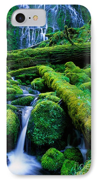 Lower Proxy Falls Phone Case by Inge Johnsson