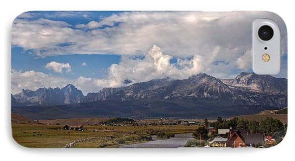 Lower Stanley  And The Valley IPhone Case by Robert Bales