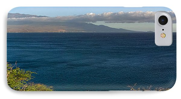 Maalea Bay Overlook   IPhone Case by Lars Lentz