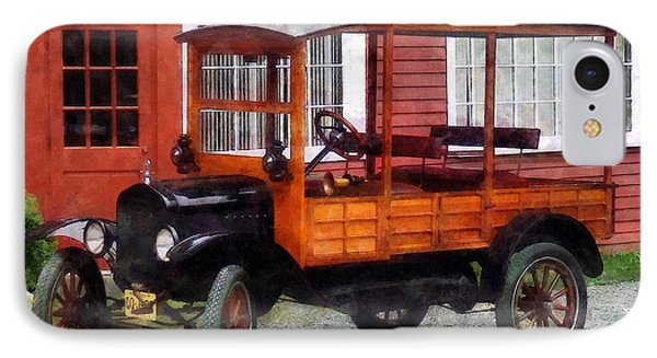 Model T Station Wagon Phone Case by Susan Savad