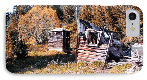 Montana Outhouse 01 Phone Case by Thomas Woolworth
