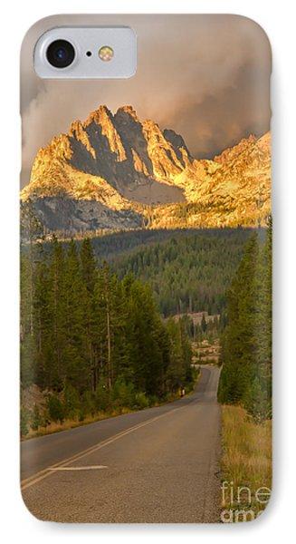 Mount Heyburn Phone Case by Robert Bales