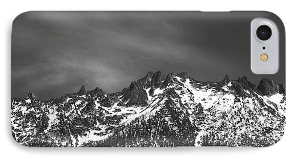 North Cascade Mountain Range IPhone 7 Case