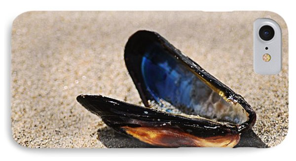 Mussel Shell IPhone Case by Bob Wall