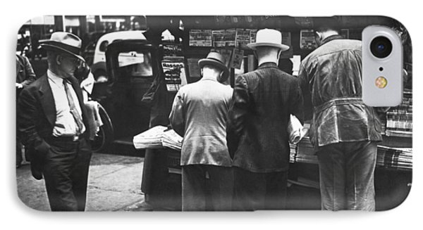 New York Newspaper Stand IPhone Case by Underwood Archives