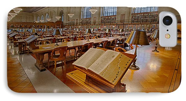 New York Public Library Rose Main Reading Room  Phone Case by Susan Candelario