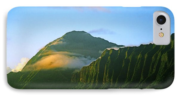 Nuuanu Pali At Sunrise Phone Case by Kevin Smith