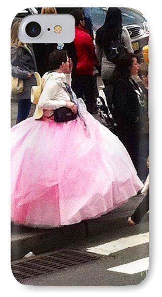 Nyc Ball Gown Walk Phone Case by Susan Garren