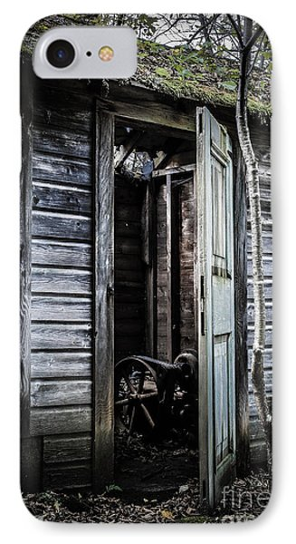 Old Abandoned Well House With Door Ajar Phone Case by Edward Fielding