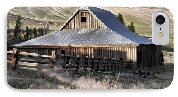 Old Barn Phone Case by Steve McKinzie