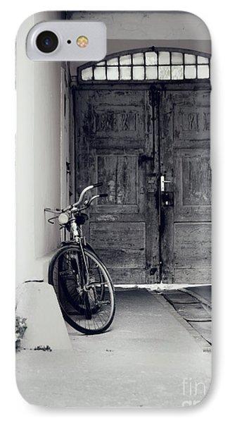 Old Bicycle Phone Case by Jelena Jovanovic