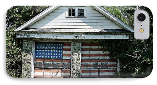 Old Glory Garage  Phone Case by Richard Reeve