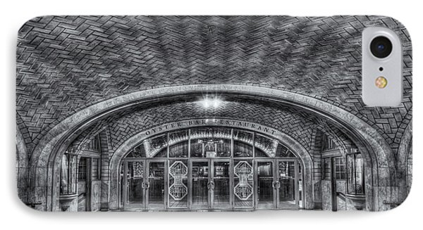Oyster Bar Restaurant II Phone Case by Clarence Holmes