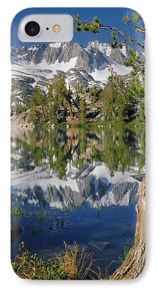 2m6443-v-palisade Peaks And Summit Lake V IPhone Case