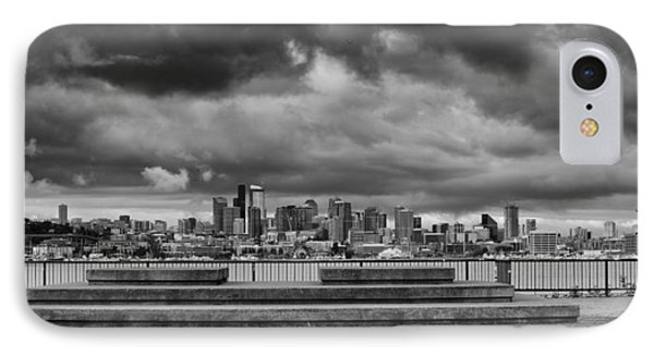 Panorama Of Downtown Seattle From Gasworks Park Seattle Black And White - Washington IPhone Case