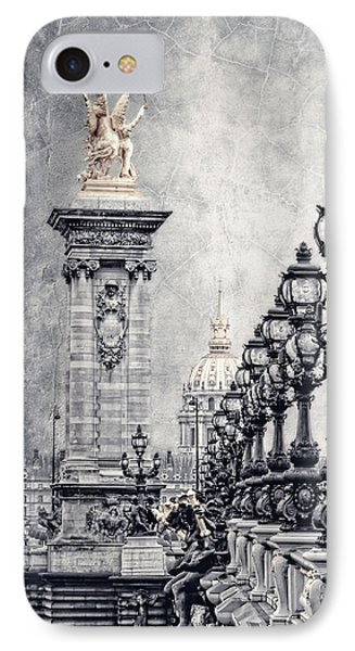 Paris Pompous 2 IPhone 7 Case