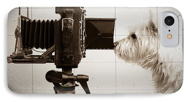 Pho Dog Grapher - Ground Glass View IPhone Case by Edward Fielding