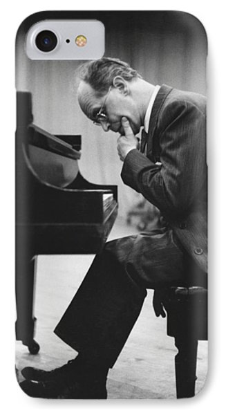 Pianist Rudolf Serkin IPhone Case