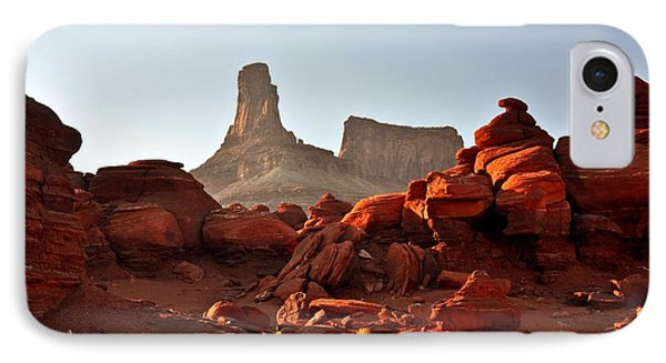 Red Rock And Spire Phone Case by Marty Koch