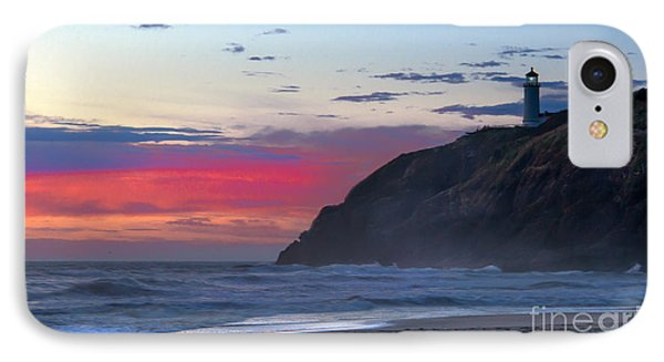Red Sky At North Head Lighthouse Phone Case by Robert Bales