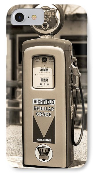 Richfield Ethyl - Gas Pump - Sepia Phone Case by Mike McGlothlen