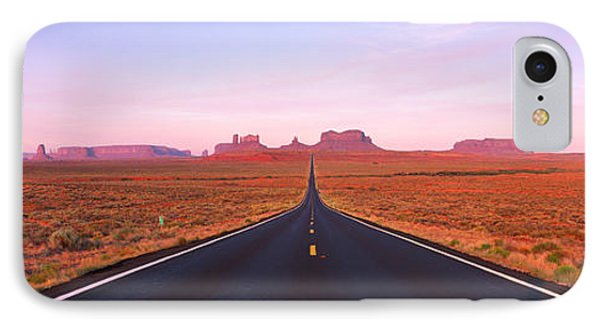 Road Monument Valley, Utah, Usa IPhone Case
