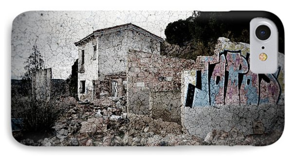 Ruins Of An Abandoned Farm House Phone Case by RicardMN Photography