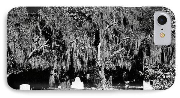Savannah Resting Place Phone Case by John Rizzuto