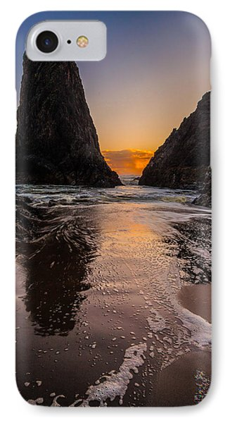 Seal Rock 1 IPhone Case by Jacqui Boonstra