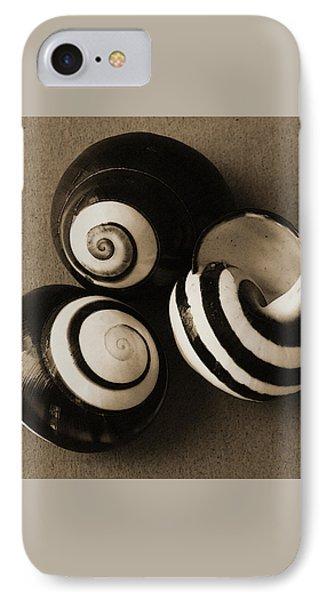 Seashells Spectacular No 27 Phone Case by Ben and Raisa Gertsberg
