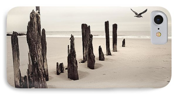 Seaside IPhone Case by Gary Heller