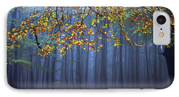 Tree iPhone 7 Case - Seconds Before The Light Went Out by Roeselien Raimond