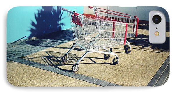Shopping Trolleys  Phone Case by Les Cunliffe