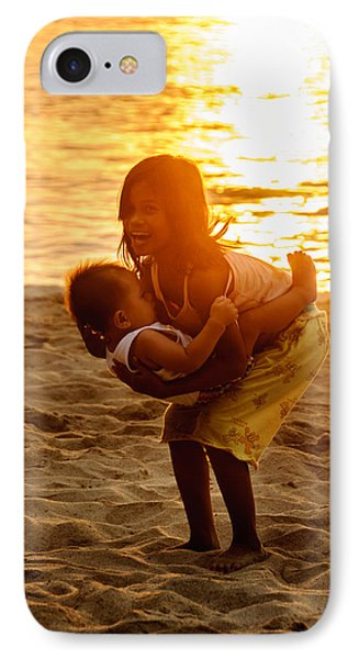 Sister And Brother On The Beach Phone Case by Colin Utz
