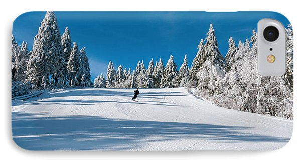 Skiers Paradise IPhone Case by Sharon Seaward