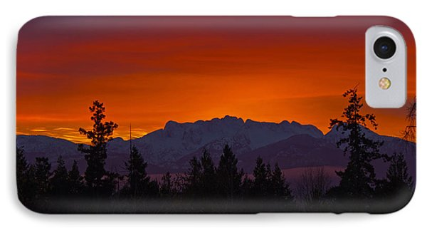 Sundown IPhone Case by Randy Hall