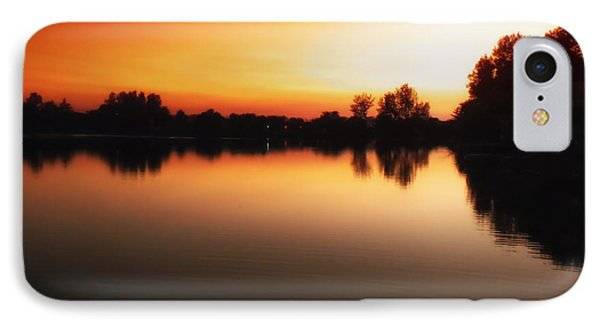 Sunset A Lake In Mansfield Il Phone Case by Thomas Woolworth