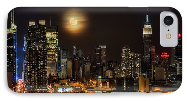 Super Moon Over Nyc Phone Case by Susan Candelario