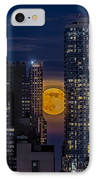 Super Moon Rises Over The Big Apple Phone Case by Susan Candelario