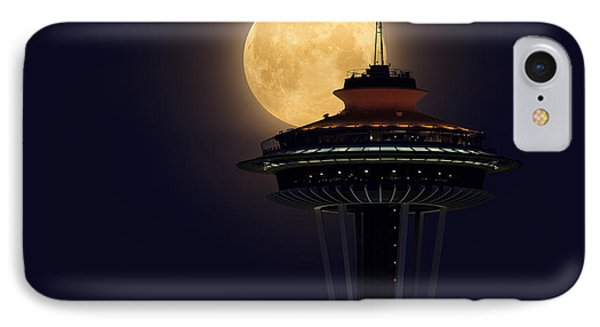 Supermoon 2012 Phone Case by Quynh Ton