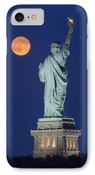 Supermoon Over New York City IPhone Case by Susan Candelario