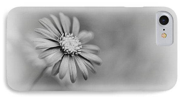 Swan River Daisy Monochrome Phone Case by Tim Gainey