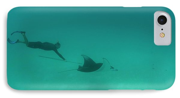 Tagging A Manta Ray IPhone Case by Scubazoo