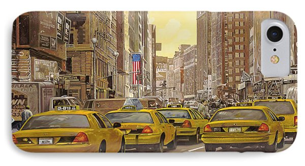 City Scenes iPhone 7 Case - taxi a New York by Guido Borelli