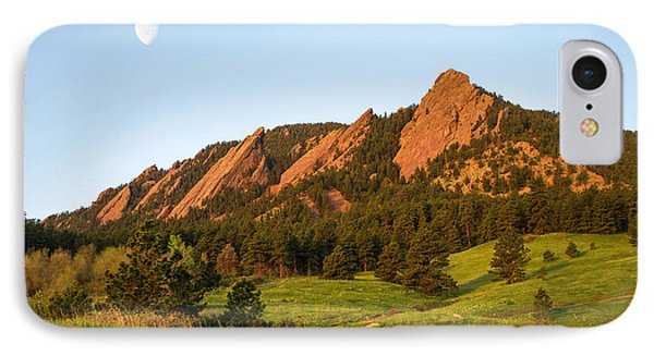 The Flatirons - Spring IPhone 7 Case